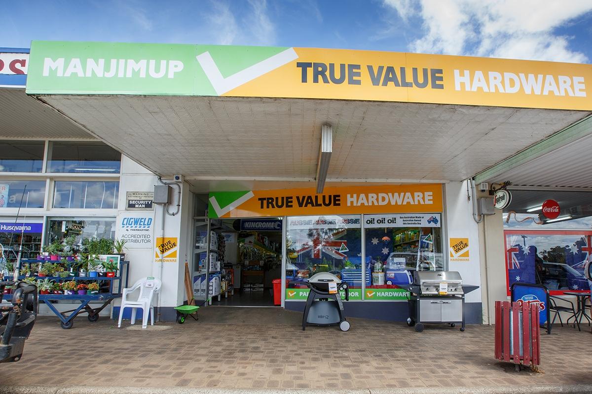 2020 Store of the Year – Convenience Format: Manjimup Motors True Value, WA